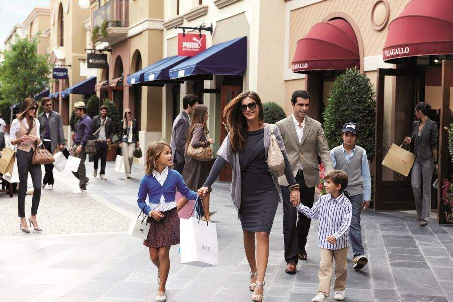 Fidenza-Village-Chic-Outlet-Shopping-Village - MilanoCard - The ...