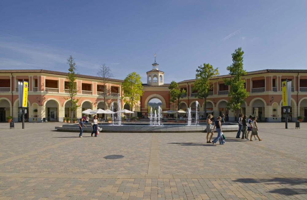 serravalle outlet milanocard the smartest way to